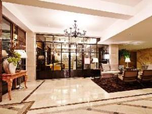 Benikea Cheongju Namoo Hotel