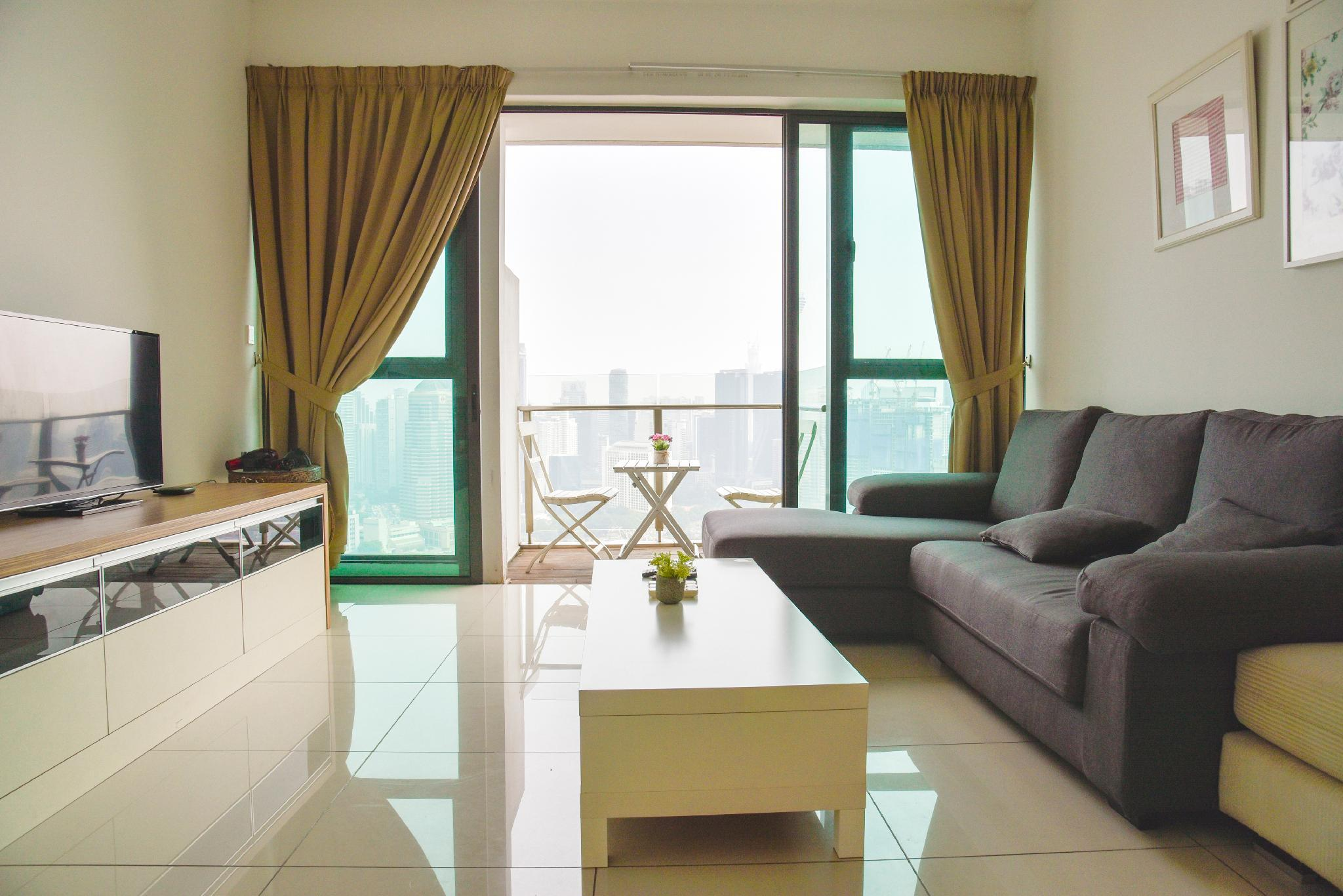 Stunning 3BR Family Suites With KL Tower View B1