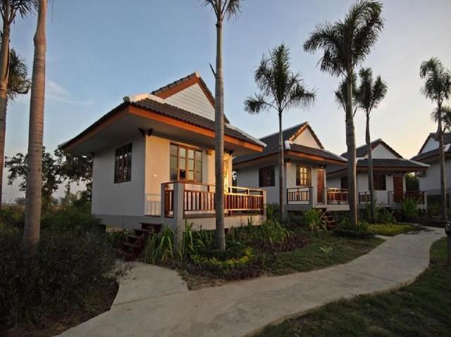 รีสอร์ต ไรลำภู ฟาร์ม แอนด์ แคมปิ้ง – Resort Railumpoo Farm and Camping
