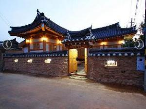 Sodamjeong Hanok Guesthouse