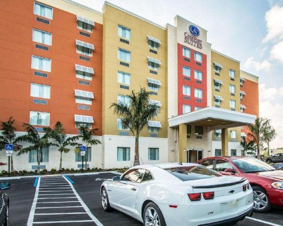 Comfort Suites Fort Lauderdale Airport South & Cruise Port Fort Lauderdale