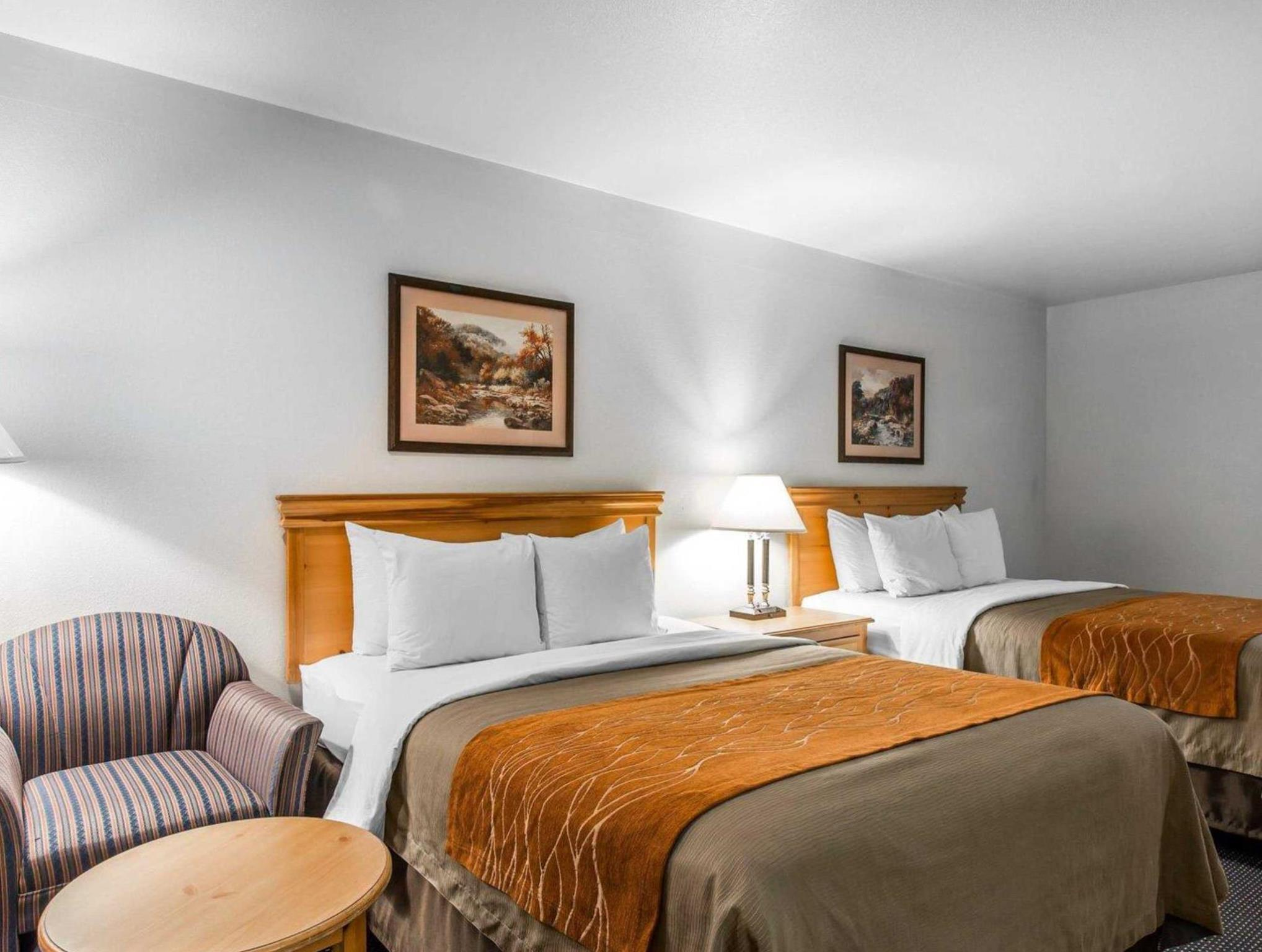 Comfort Inn & Suites Sequoia Kings Canyon Discount
