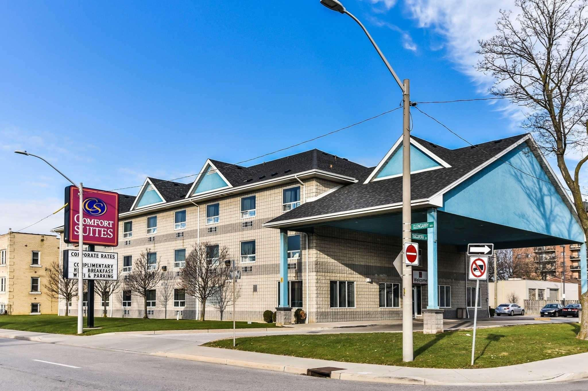 Comfort Suites Downtown Windsor