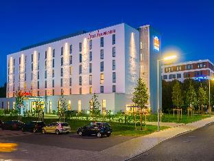 Star Inn Hotel Premium Munich Domagkstrasse by Quality