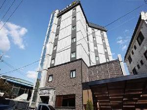 New Suwon Hotel