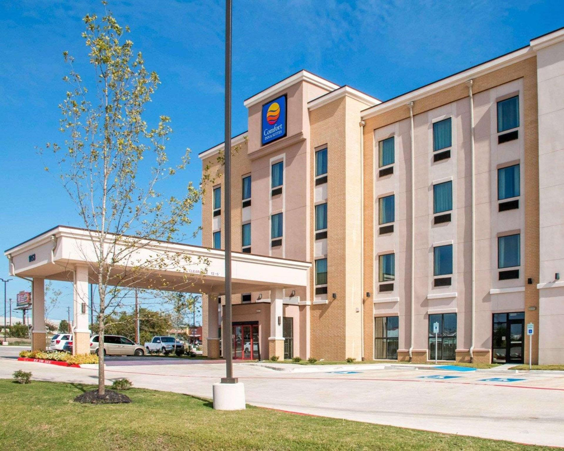 Comfort Inn And Suites San Marcos