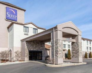 Sleep Inn and Suites Near I-90 and Ashtabula Austinburg (OH) Ohio United States