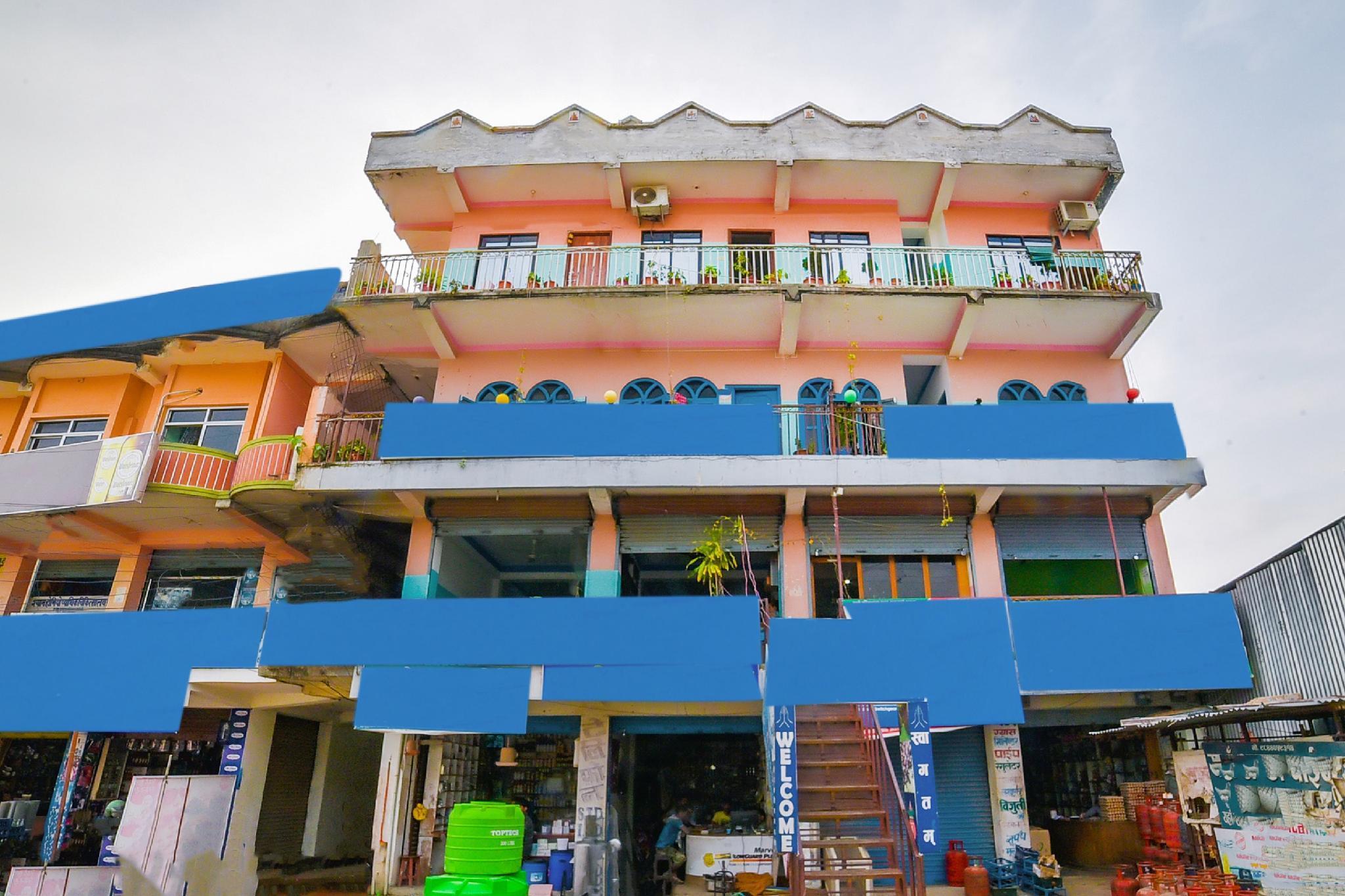 SPOT ON 480 Hotel Sish Mahal