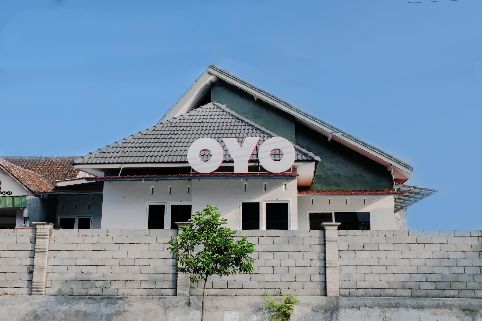 OYO 973 Simpang Alun Alun Residence
