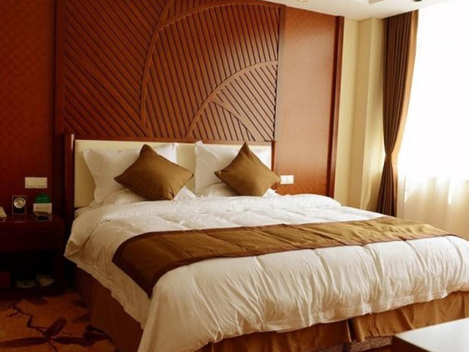 Days Hotel Frontier Yantai