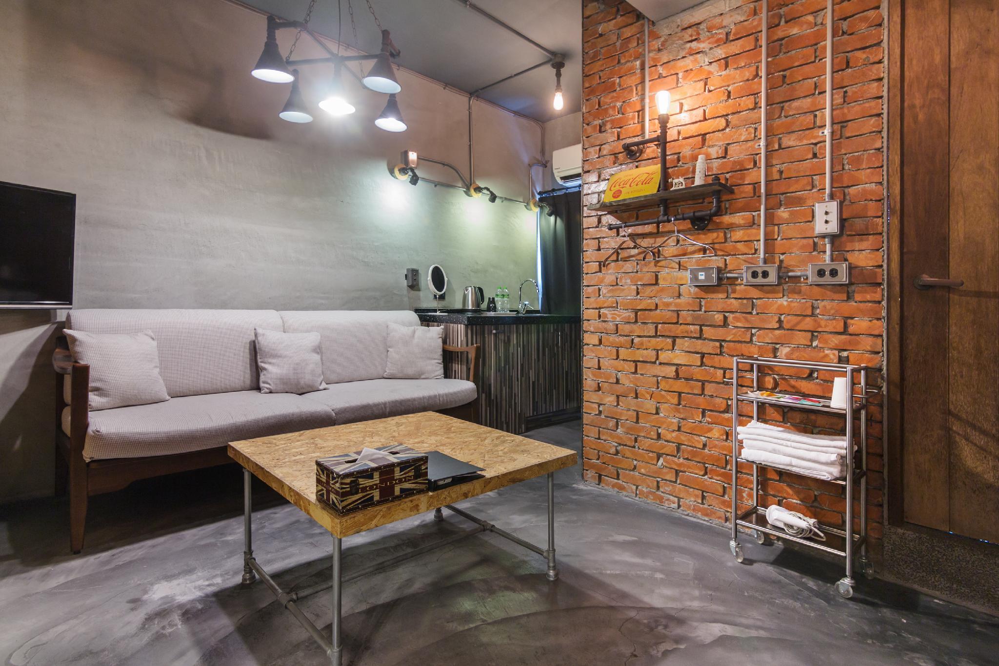4 Design Inn