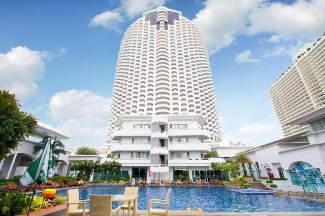 โรงแรมดี วารี จอมเทียน บีช พัทยา – D Varee Jomtien Beach Pattaya Hotel