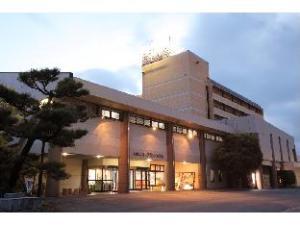 Yamaga New Grand Hotel