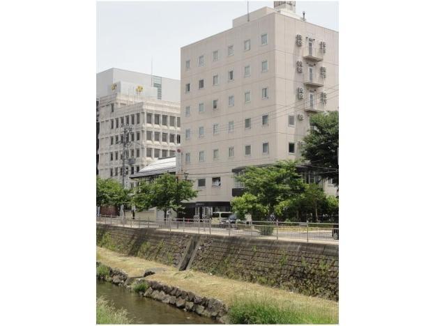 Hotel 1-2-3 Yorozuya