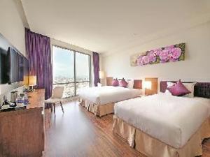 關於凡達飯店 (Vanda Hotel)