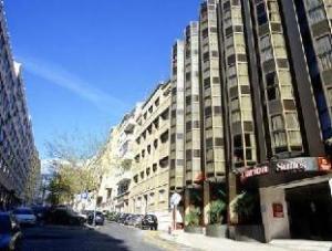 關於里斯本克拉利奧套房酒店 (Clarion Suites Lisboa)