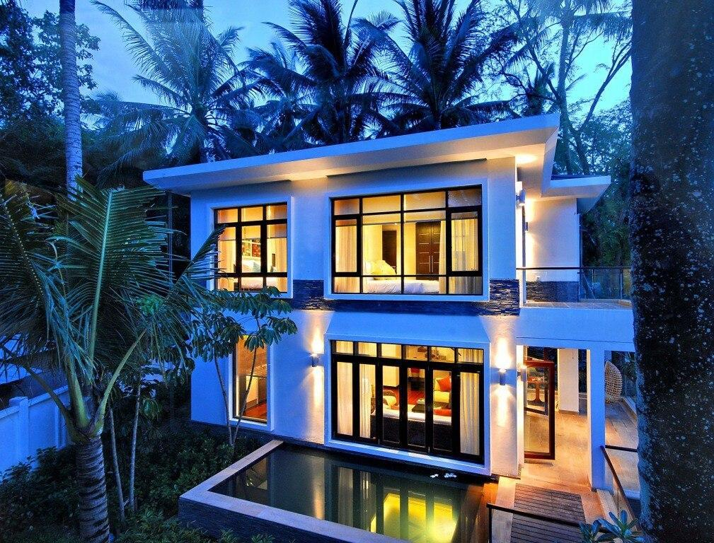 2 Bedroom Luxury Villa Near The Beachfront