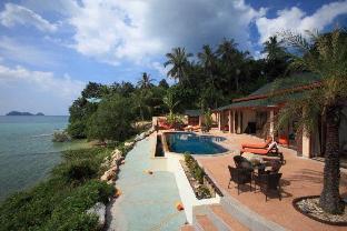 [ウォックトゥム]ヴィラ(2000m2)| 11ベッドルーム/9バスルーム 11 Bedroom Triple Sea Front Villas Koh Phangan
