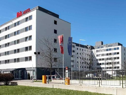 Ibis Zurich Messe Airport Hotel