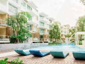 Wan Vayla Pool Access Condo