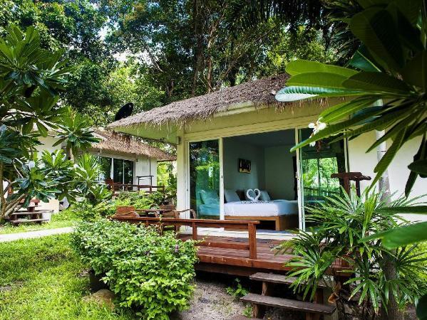 Larissa Samet Resort Koh Samet