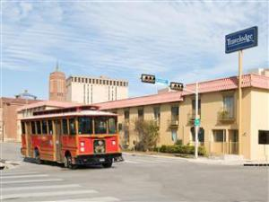 The Inn At Alamo / River Walk / Convention Center