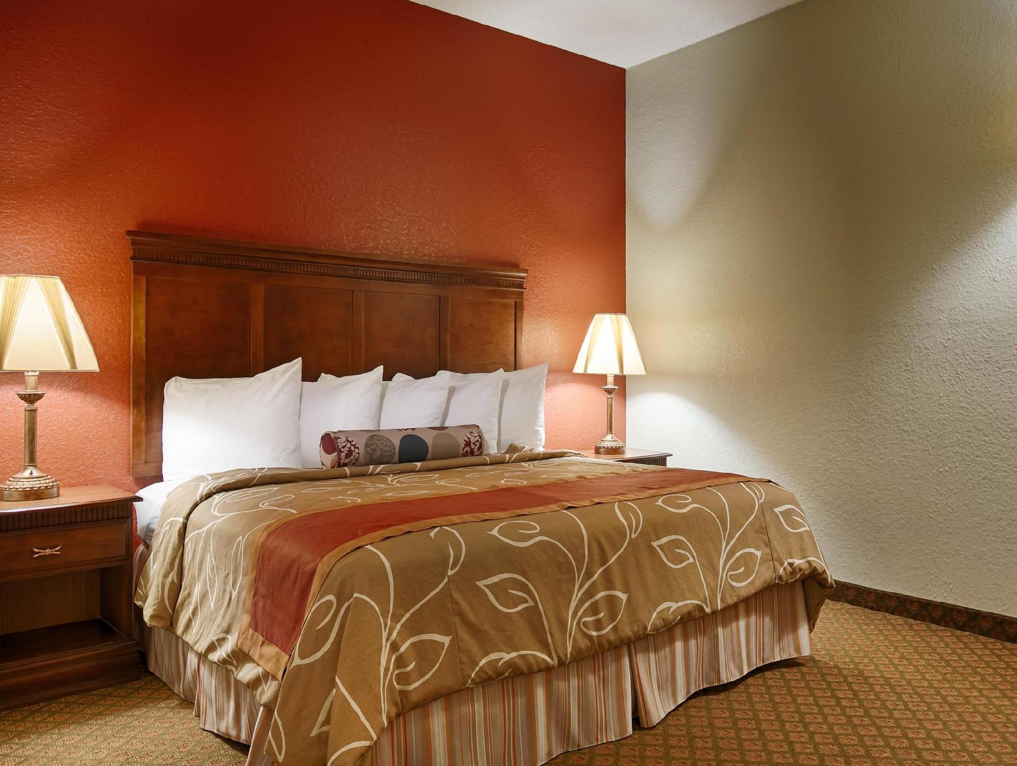 Best Western Plus Bradbury Inn And Suites