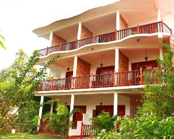 Dilara Resort Mirissa