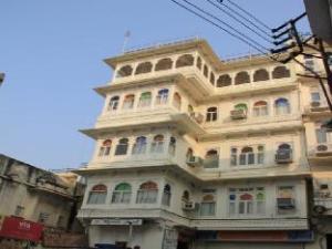 Mewar Haveli A Traditional Hotel