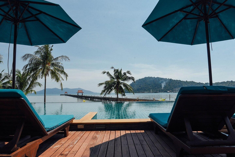 Tropical Penthouse   Infinity Pool