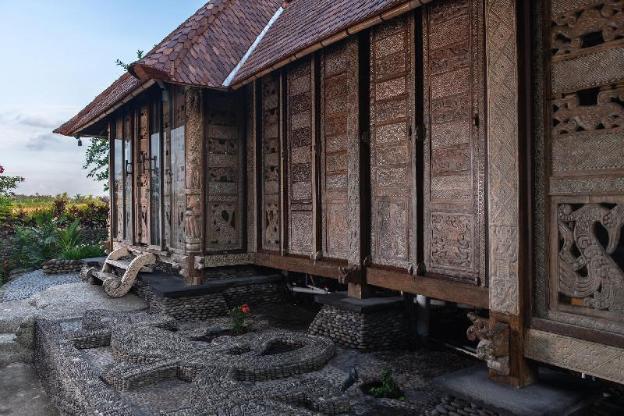 Unique One-bedroom Villa Pryaniki