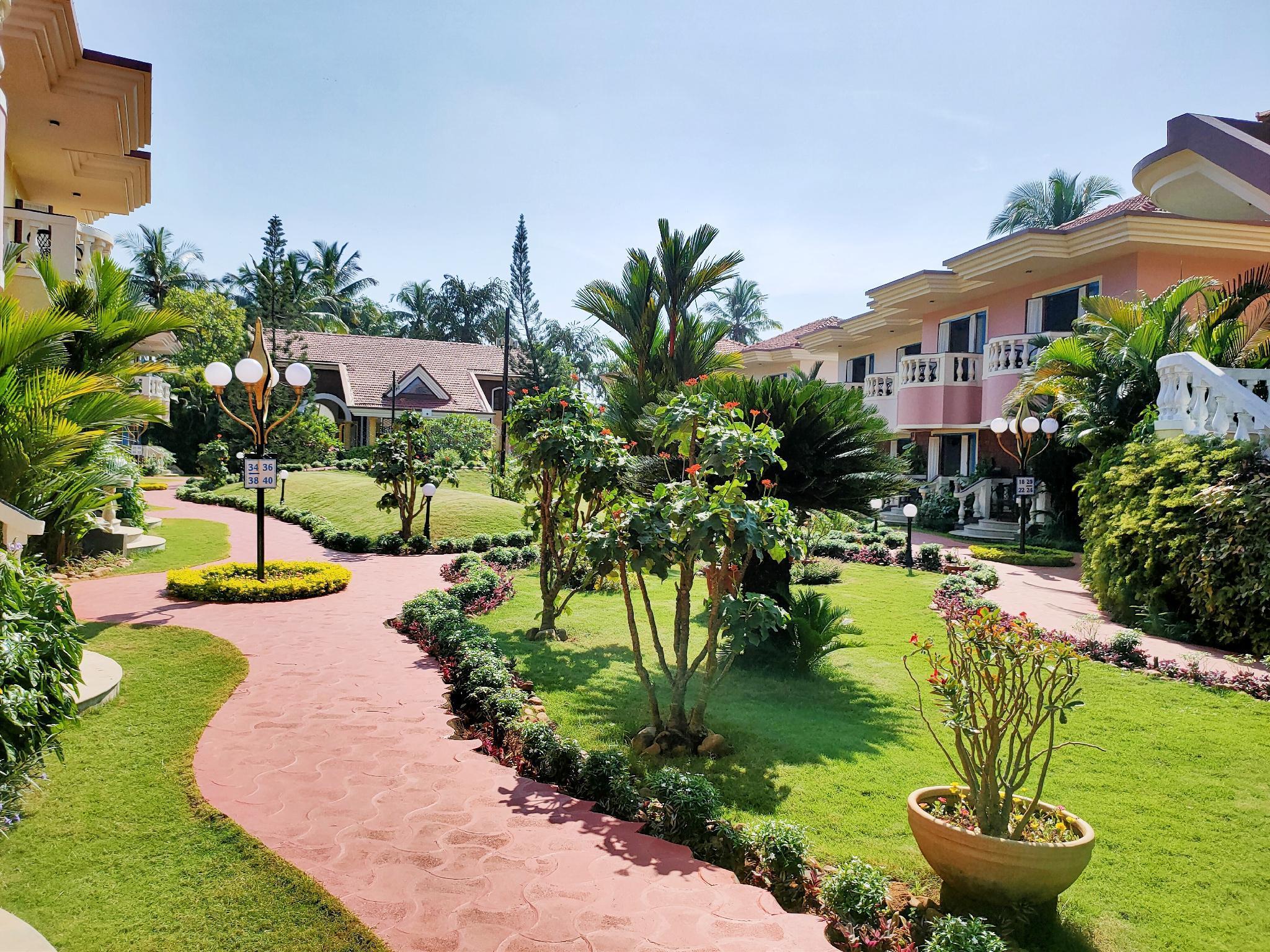 Indy Coconut Grove Beach Resort   A Beach Property