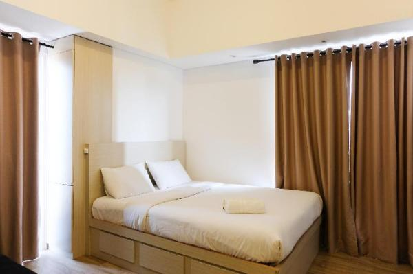 Cozy and Compact Casa De Parco Studio Apartment By Travelio Tangerang