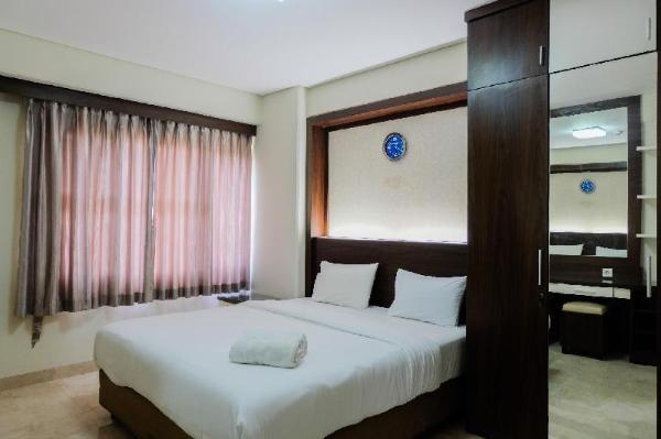 Homey and Relaxing 2BR @ Kondominium Golf Karawaci Apartment By Travelio Tangerang