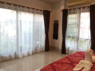[ホアヒン市内中心地]ヴィラ(100m2)| 4ベッドルーム/2バスルーム Mojo Premium Pool Villa in Hua Hin (3 +1 BR)