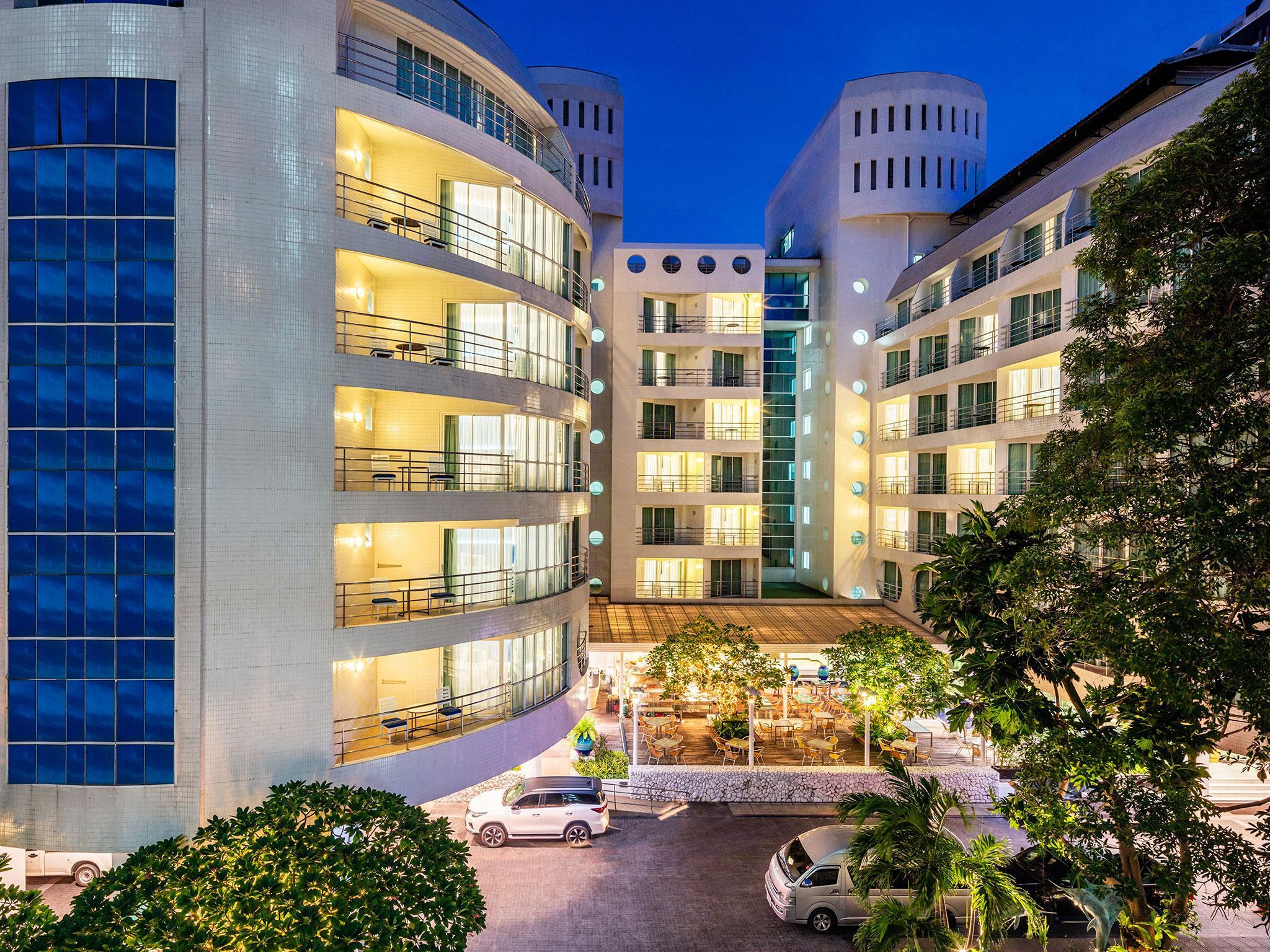 A-One New Wing Hotel โรงแรมเอ-วัน นิววิง