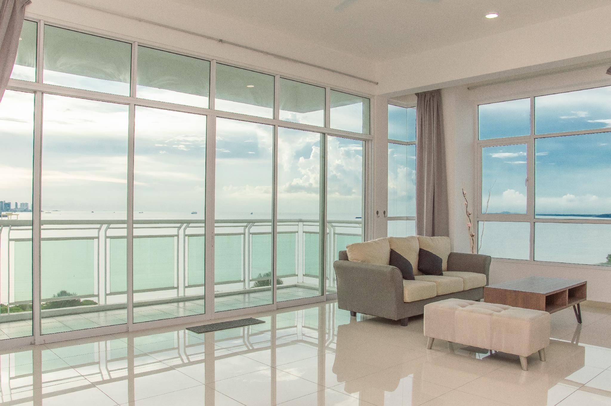 Luxury Seaview Sunset Condo @Butterworth 4BR