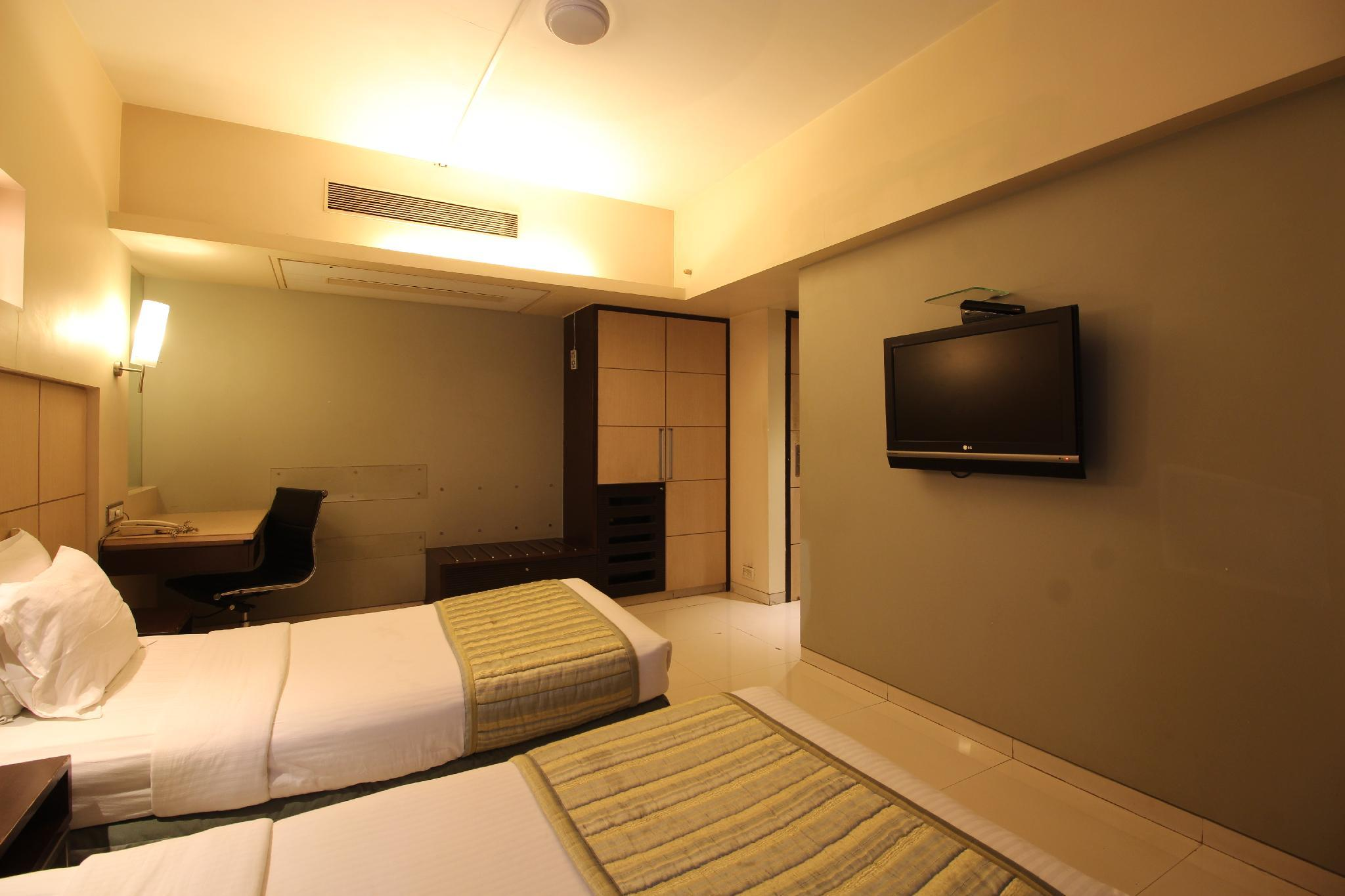 Hotel Varishtta Executive Inn