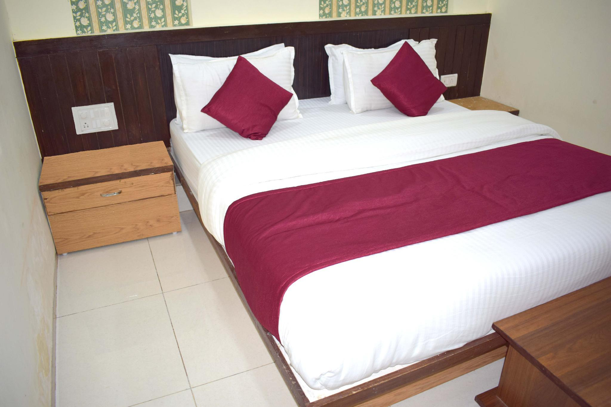 Hotel Shubham Palace