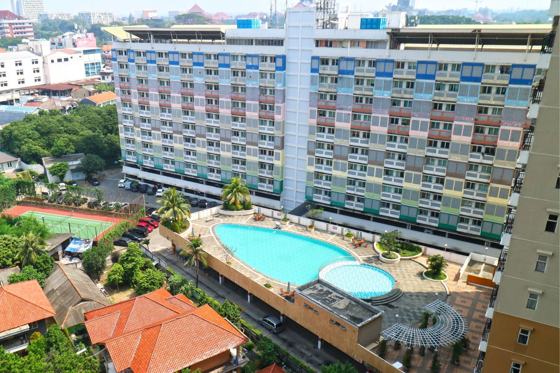 Arrooms Apartment  Margonda Residence 2