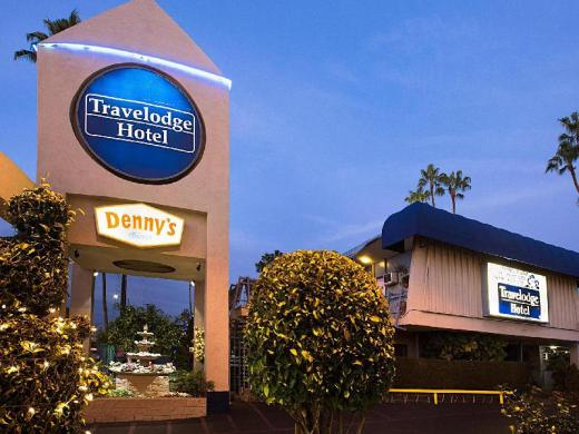 Travelodge by Wyndham LAX Los Angeles Intl