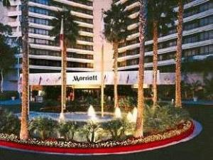 Marriott Irvine John Wayne Airport Hotel
