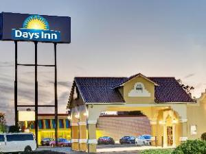 Days Inn Fair and Expo/Airport Louisville