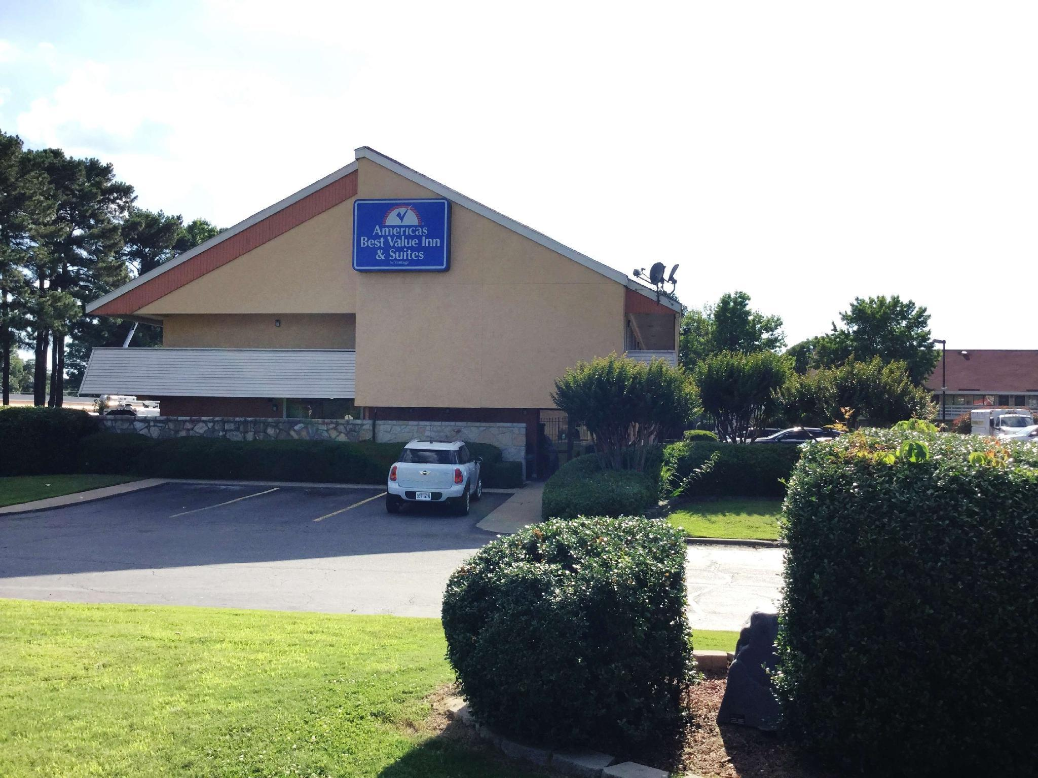 Americas Best Value Inn & Suites Little Rock at Scott Hamilton Dr