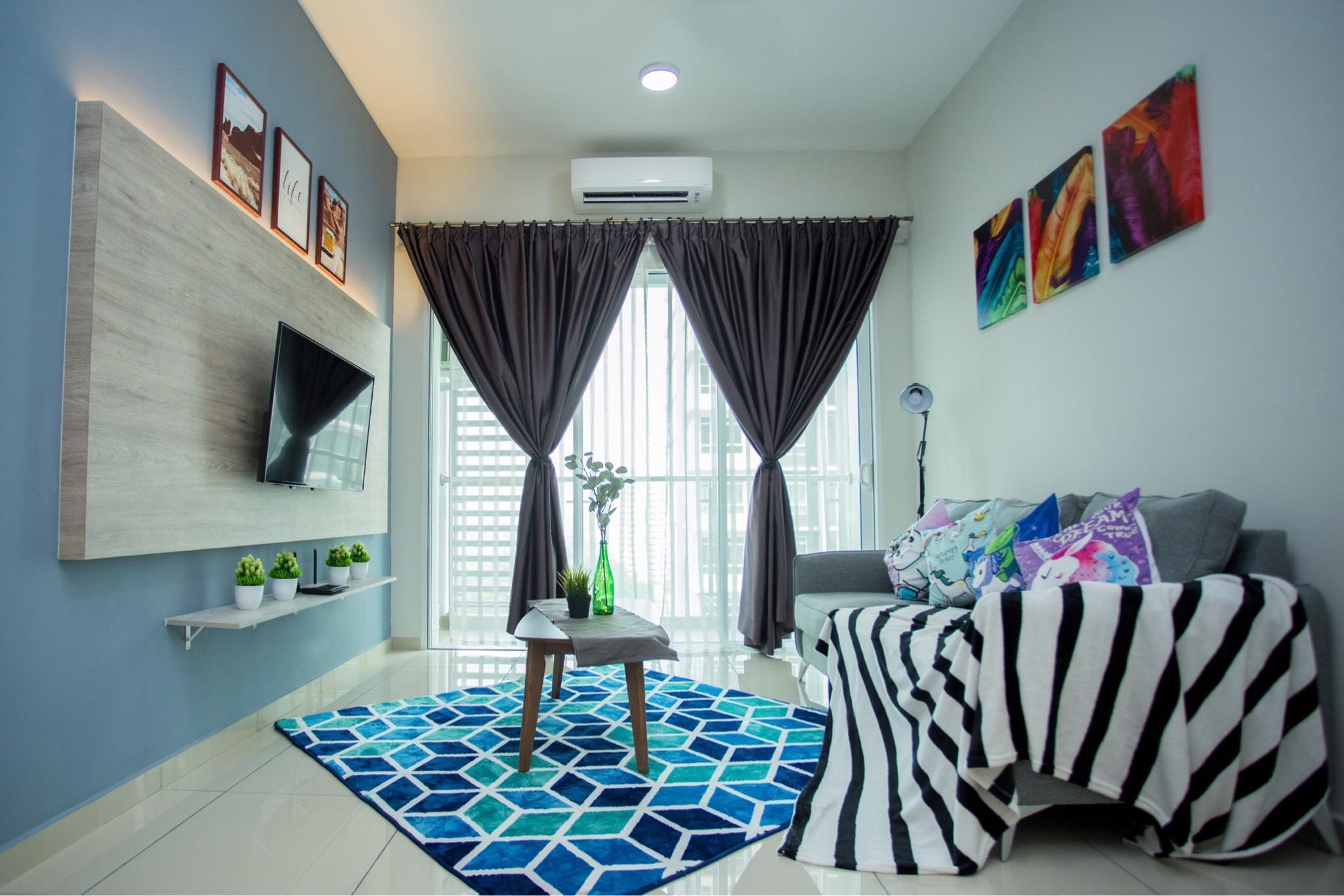 Luxury Condo Infinity Pool 3Bedroom2bath TownArea