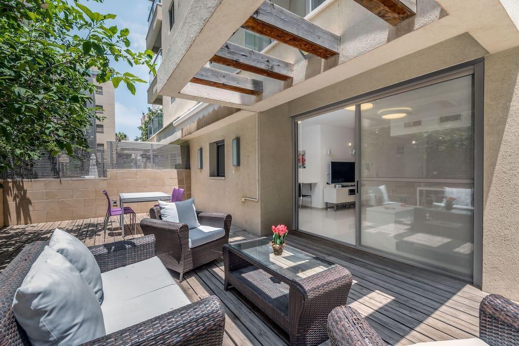 Trust Inn Kalisher Stunning Duplex Terrace parking