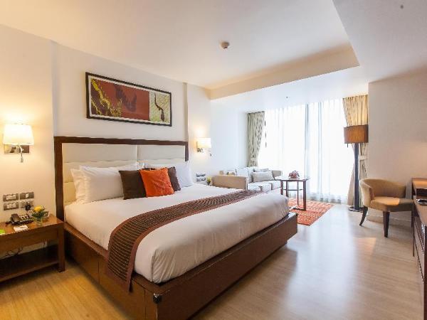 Oakwood Residence Sukhumvit 24 Hotel Bangkok