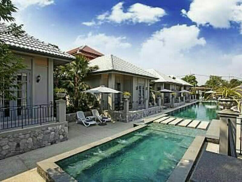 Pattaya City Lux Villa 9Bd 9Bth  Free Electricity