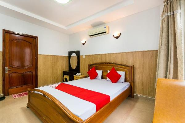 OYO 369 Minh Anh Hotel Ho Chi Minh City