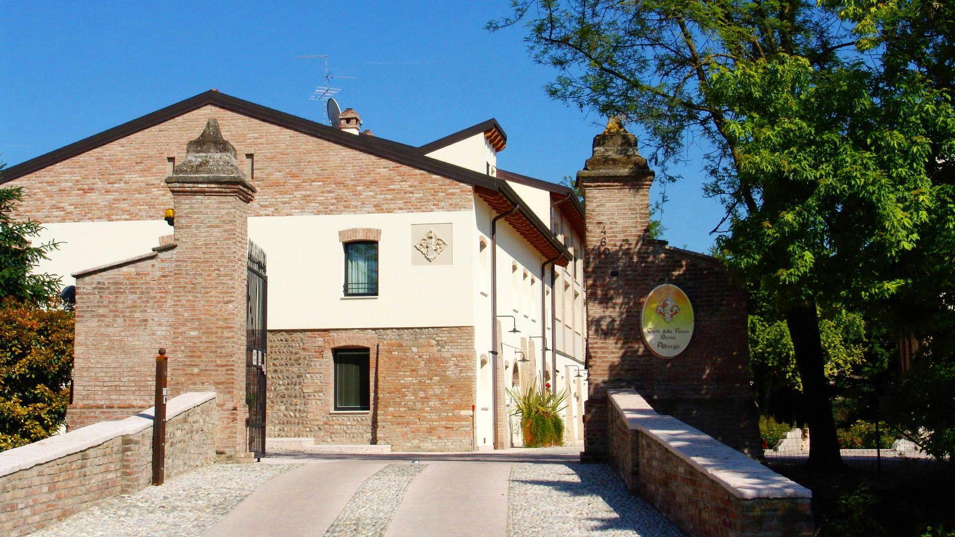 Albergo Corte Della Rocca Bassa